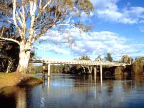 Corowa John Foord Bridge