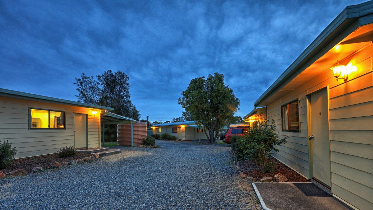 Country Style Caravan Park - Stanthorpe photo 2