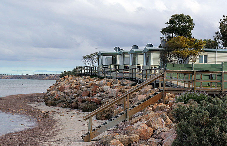 Stansbury Foreshore Caravan Park - Stansbury photo 3