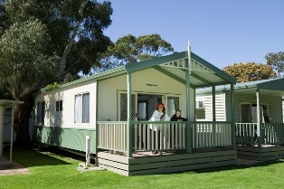 Cowes Caravan Park - Cowes photo 3