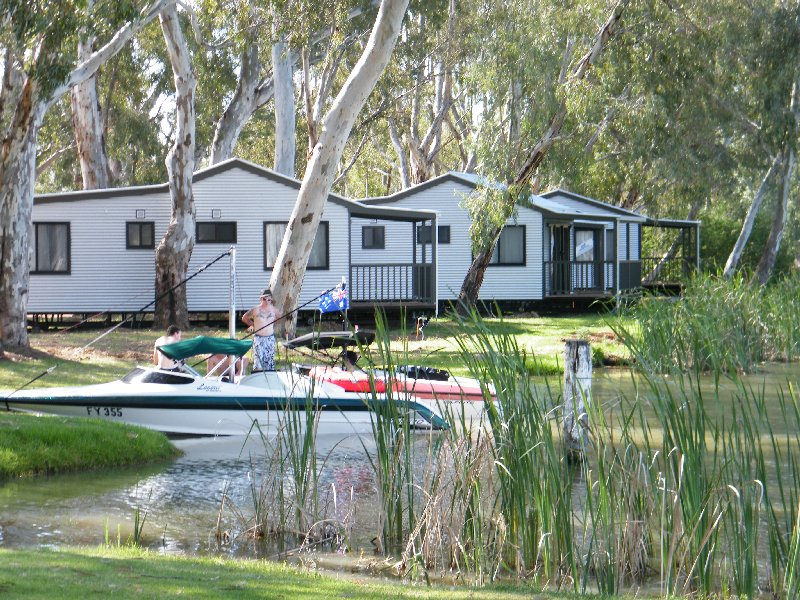 Cohuna Waterfront Holiday Park - Cohuna photo 5