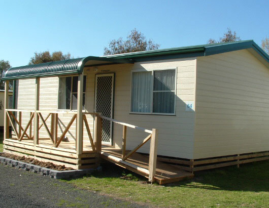 Country Road Caravan Park - Uralla photo 2