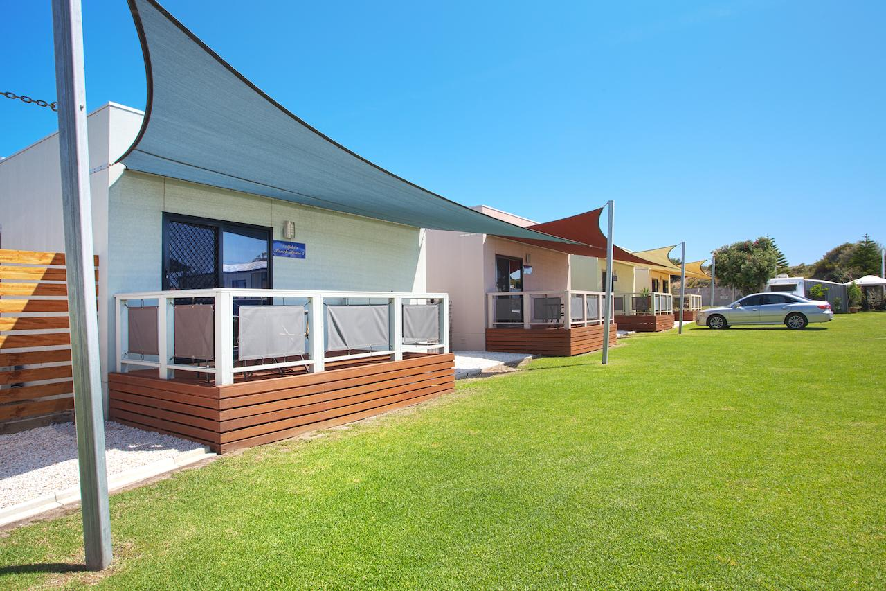 Discovery Parks - Adelaide Beachfront - Semaphore Park photo 2